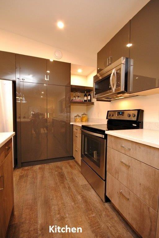 10 Oasis Kitchen