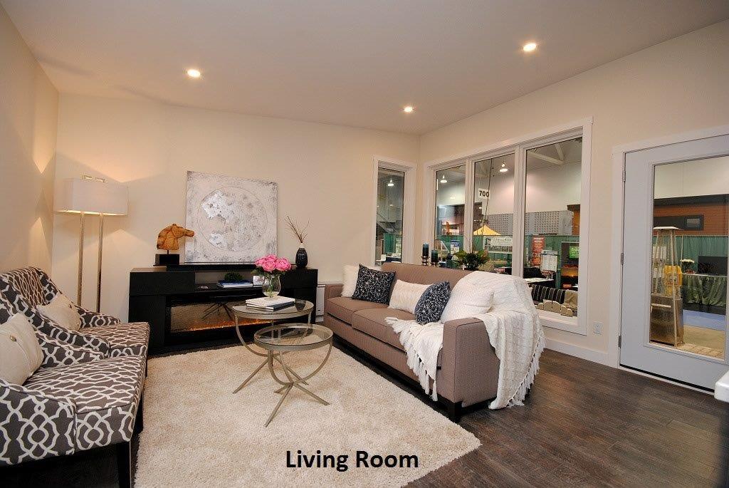 13 Oasis Living Room