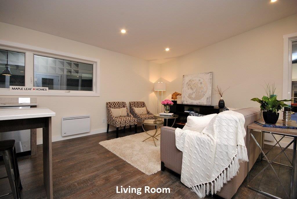 15 Oasis Living Room