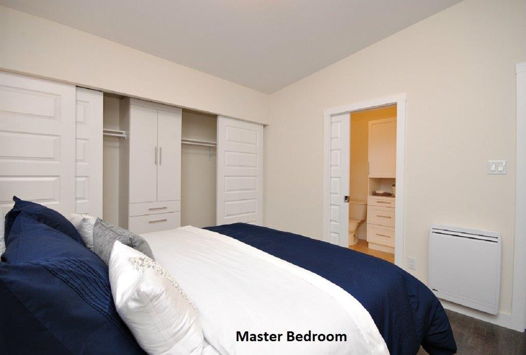 20 Oasis Master Bedroom
