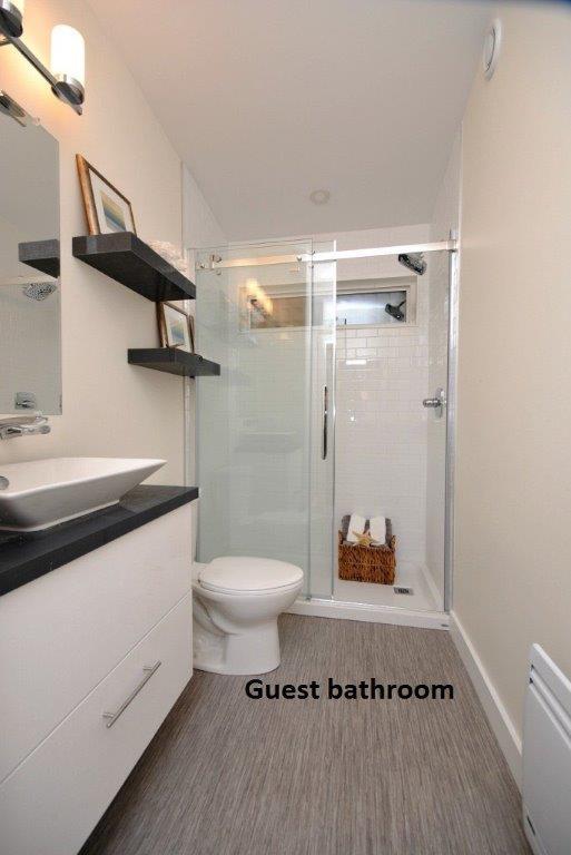 23 Oasis Guest Bathroom